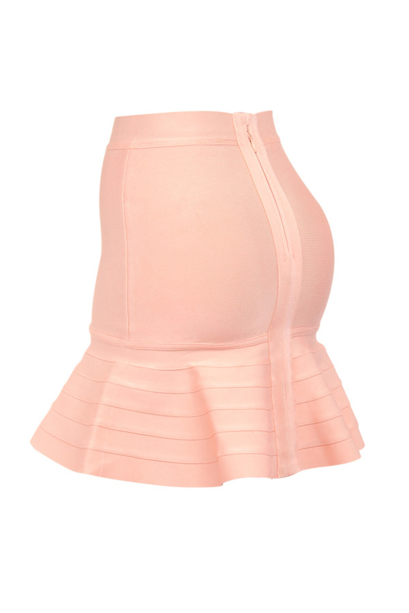 the mira bandage skirt in peach