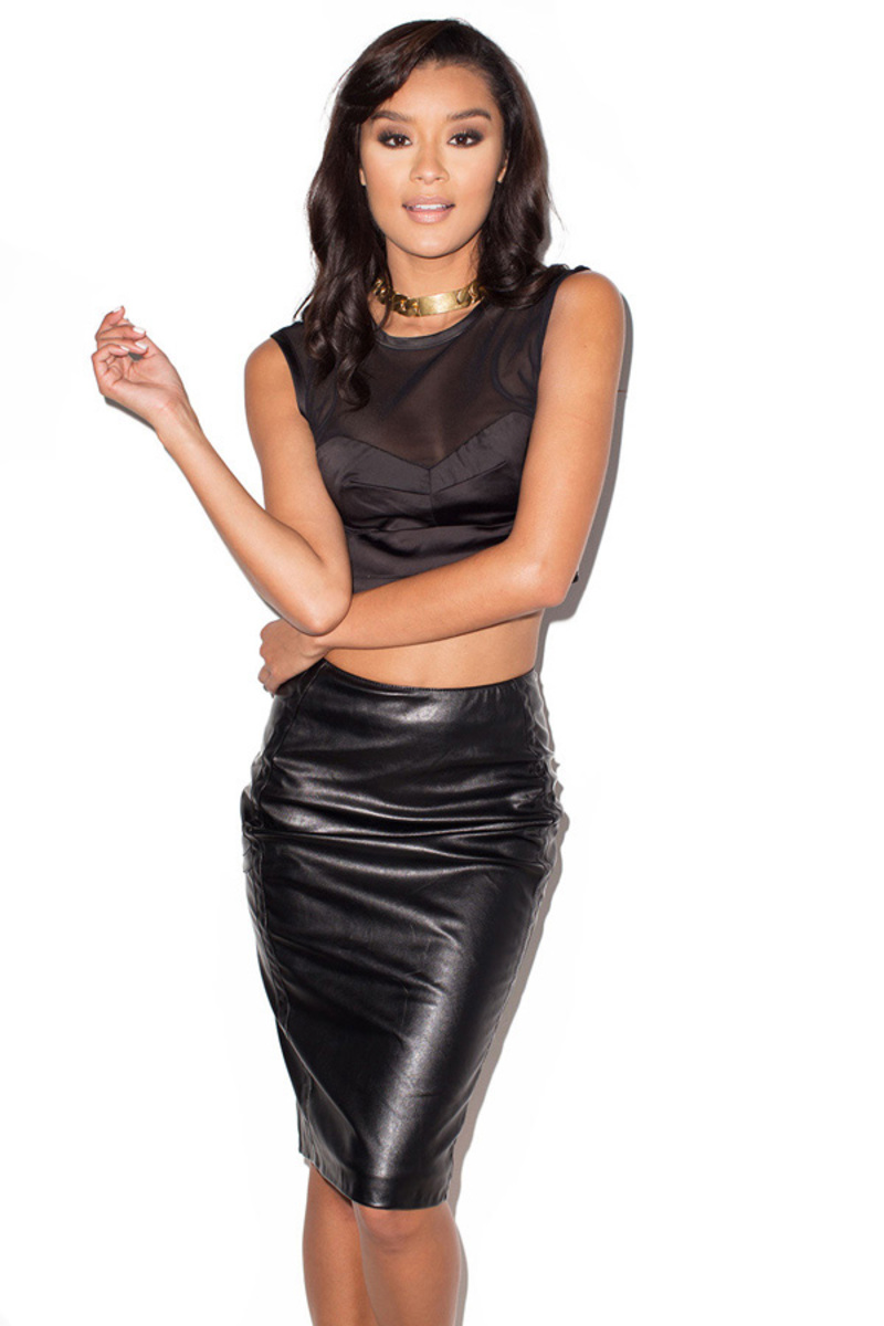 the persuasion two piece in black