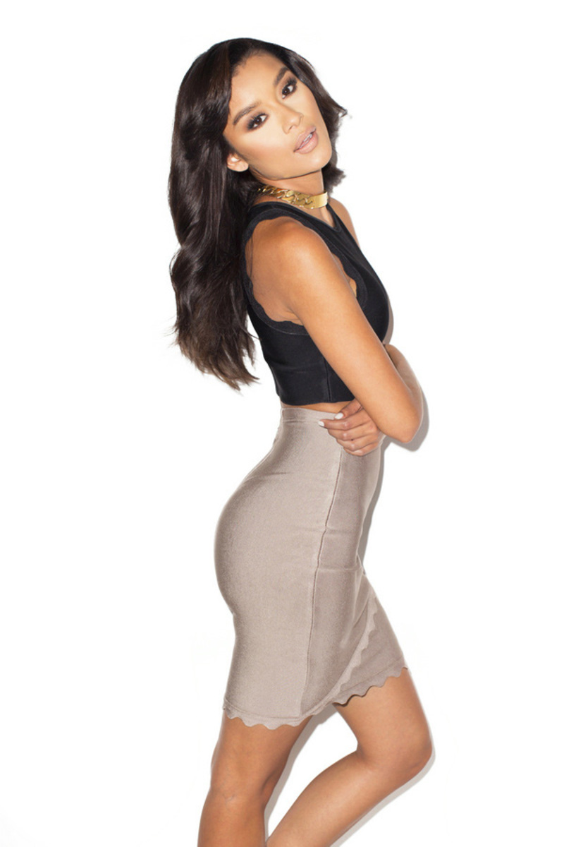 bandage dress in black and taupe