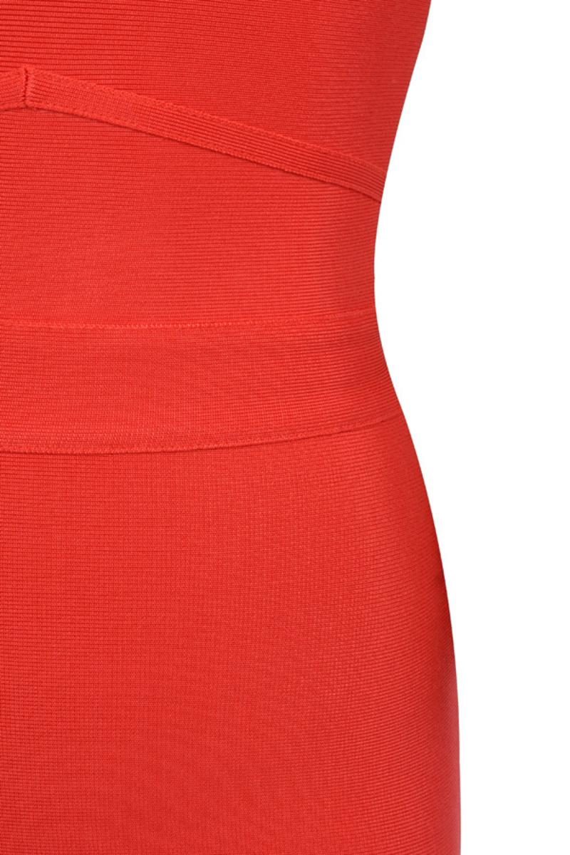 scarlett red bandage