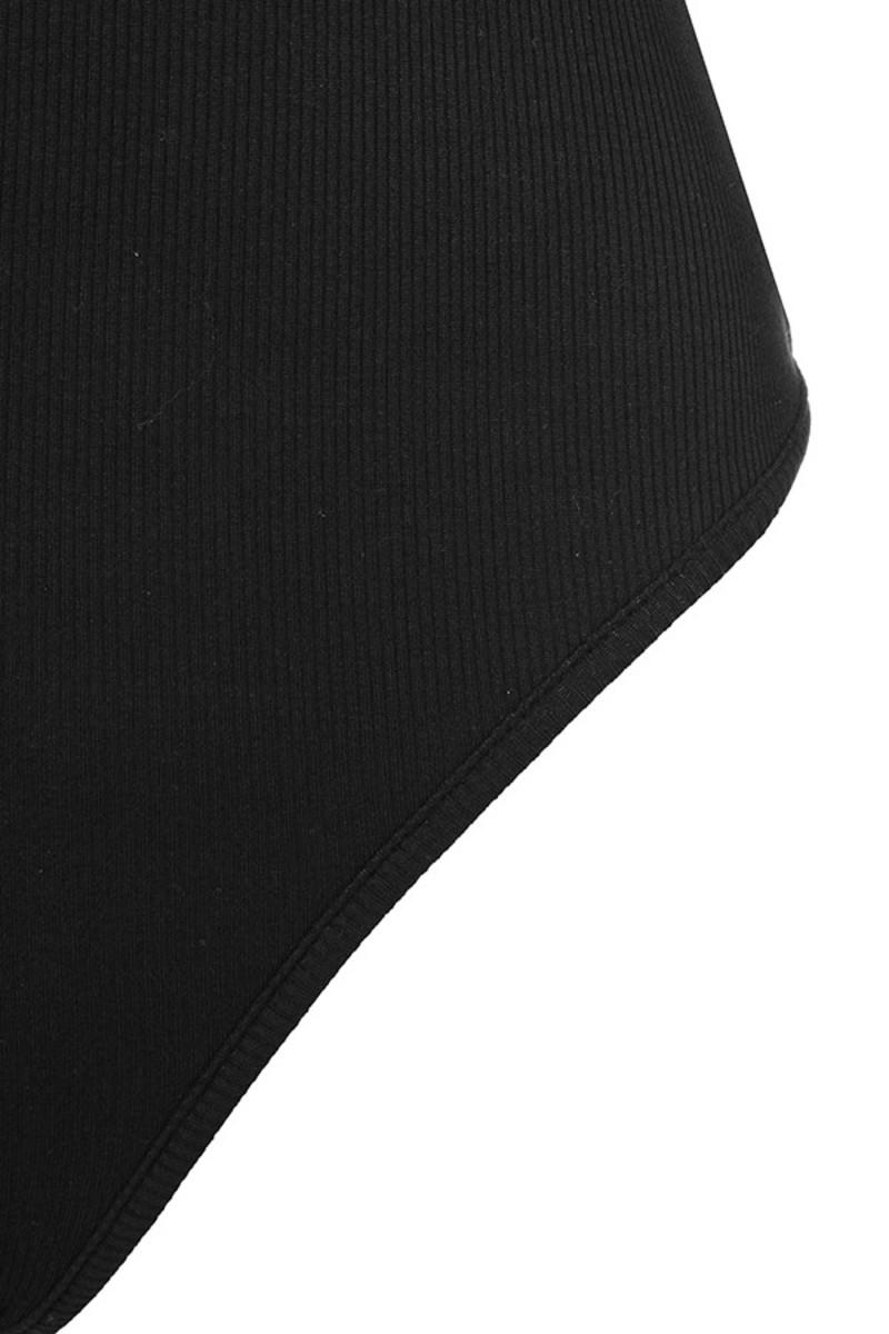 black calmer top