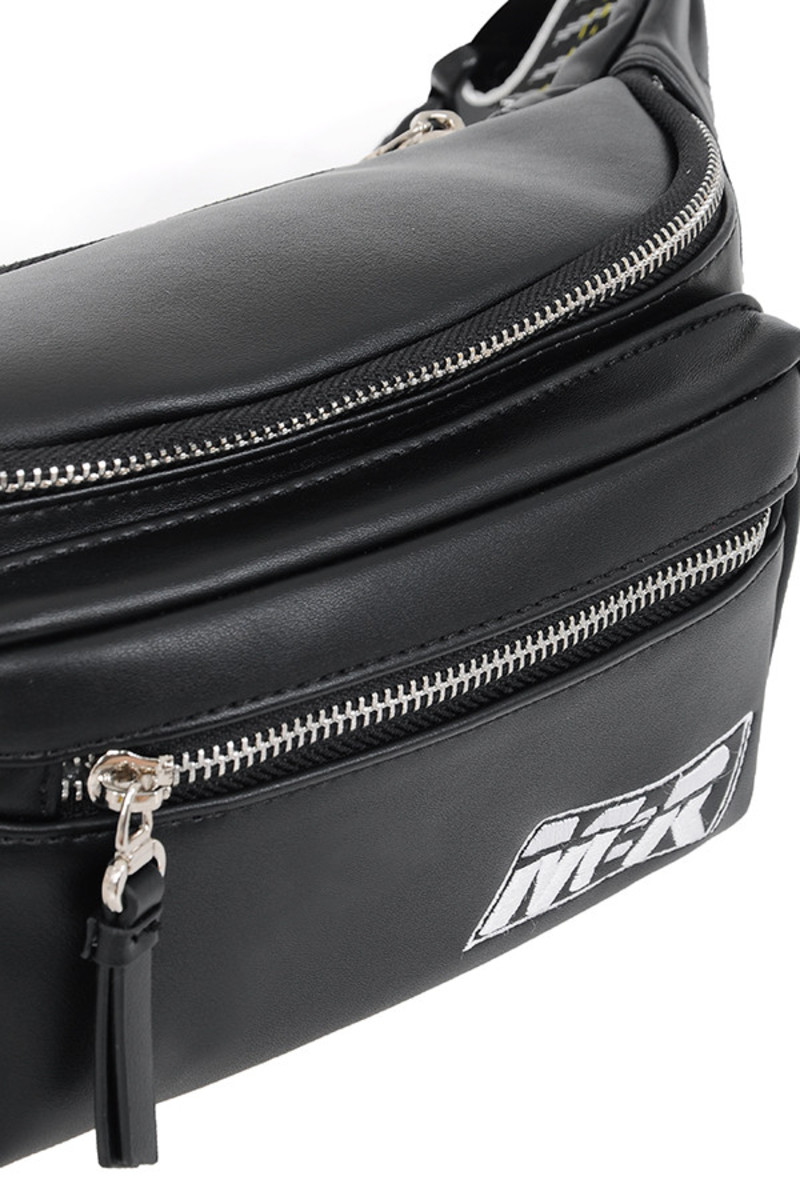 hook up bag in black
