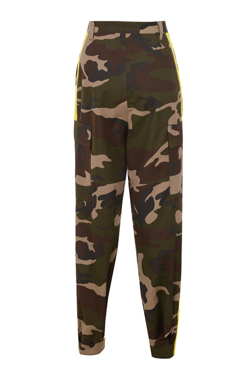 mash pants in camo