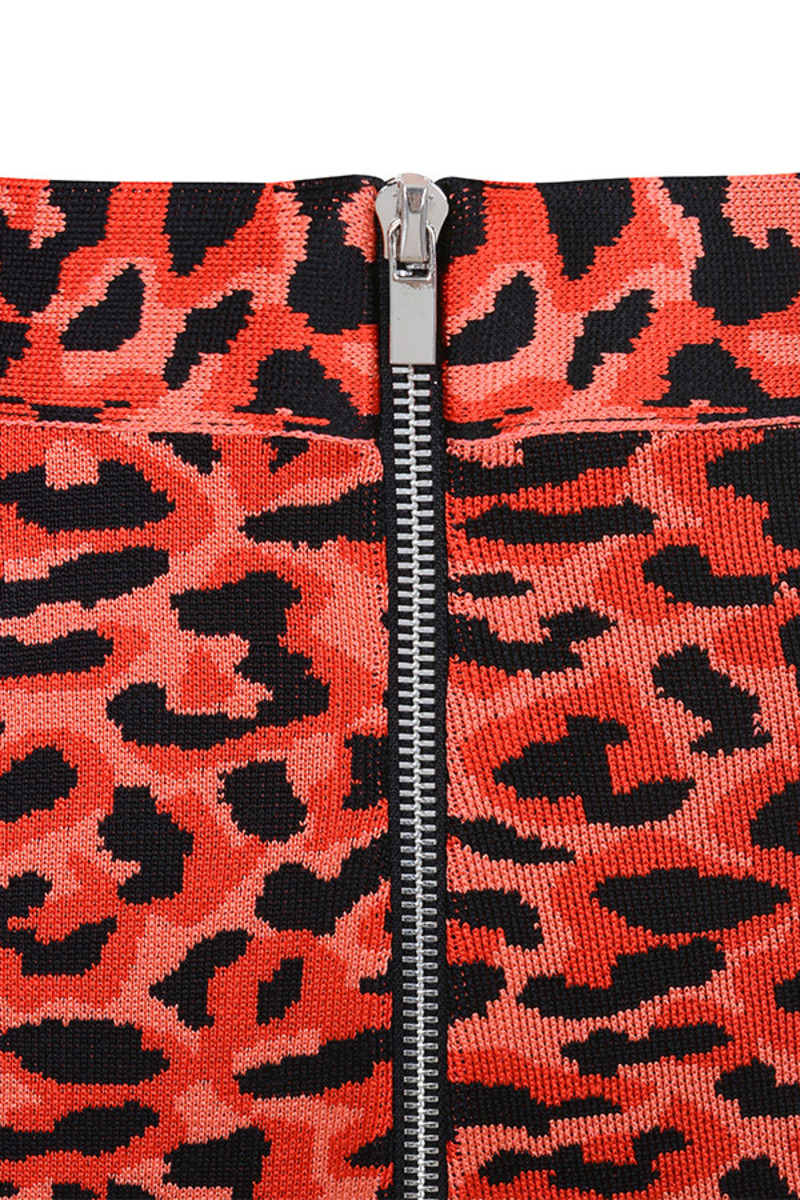 red slide trousers