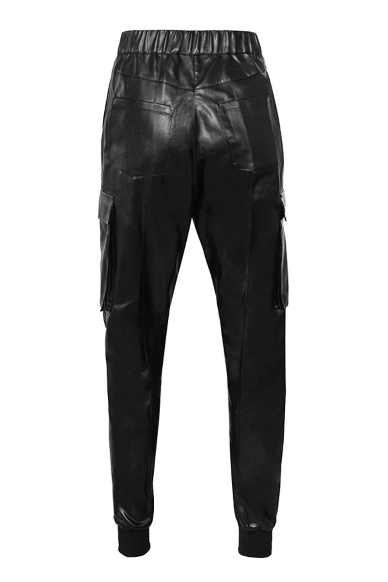 stronghold trousers in black