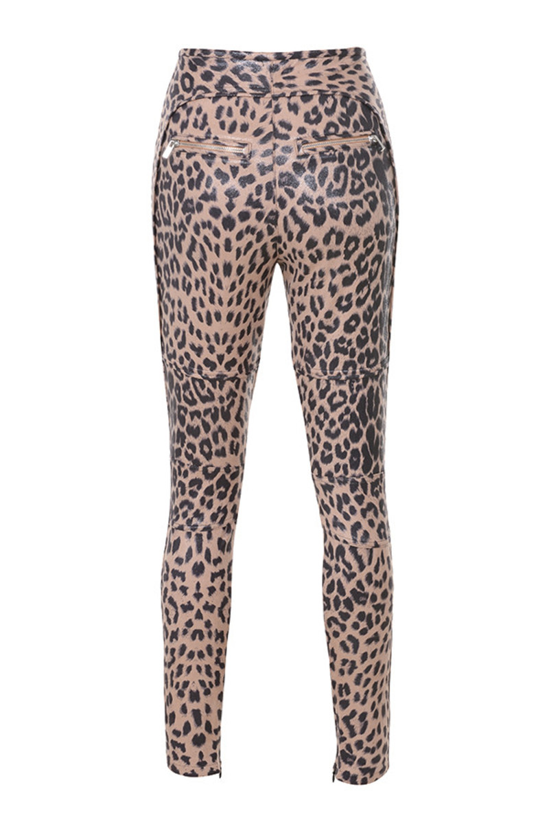 written trousers in leopard