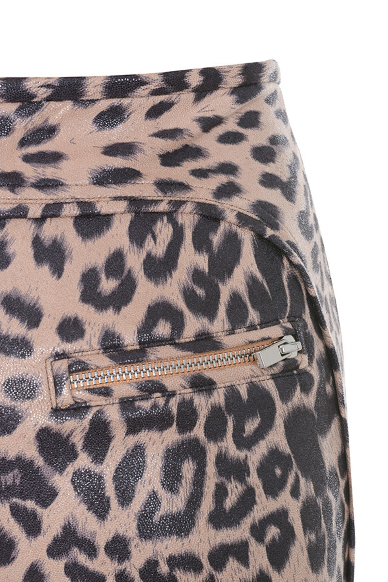 leopard written leggings