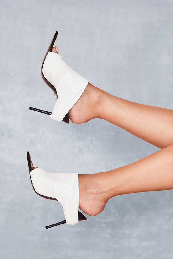 Abyss White Power Mesh Mules