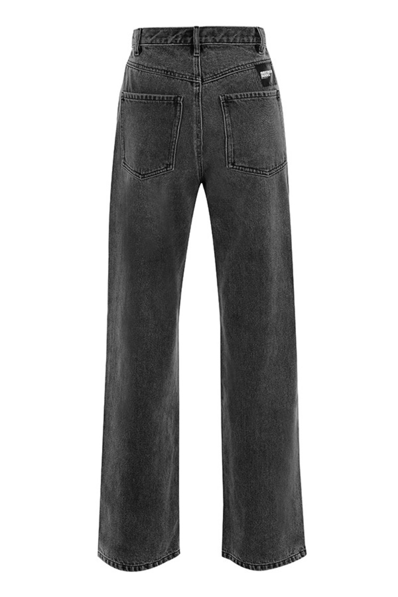 caption jeans in black
