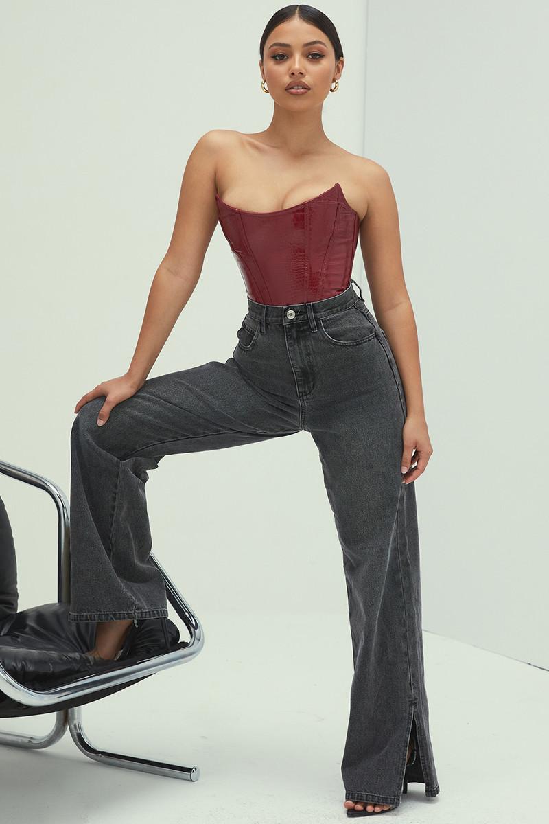 Caption Carbon Wash High Waist Vintage Wash Straight Cut Jeans
