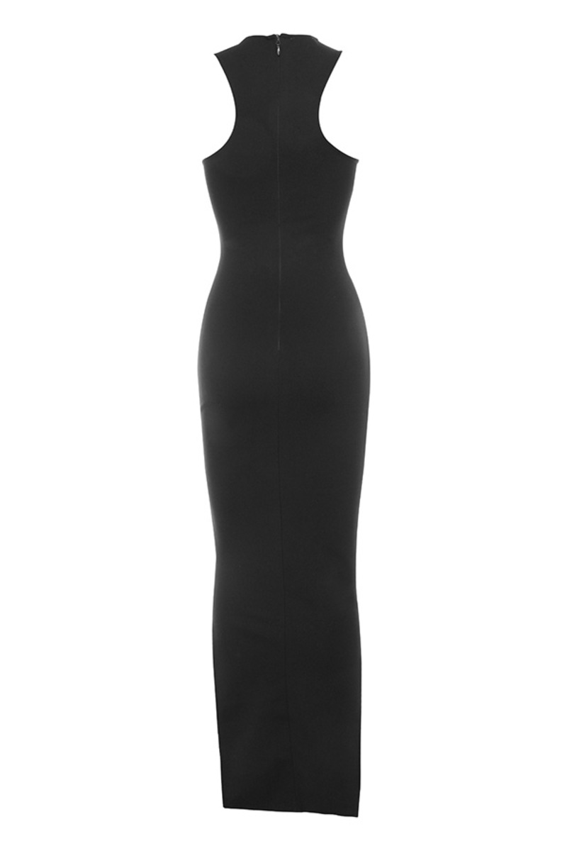 on sleek maxi in black