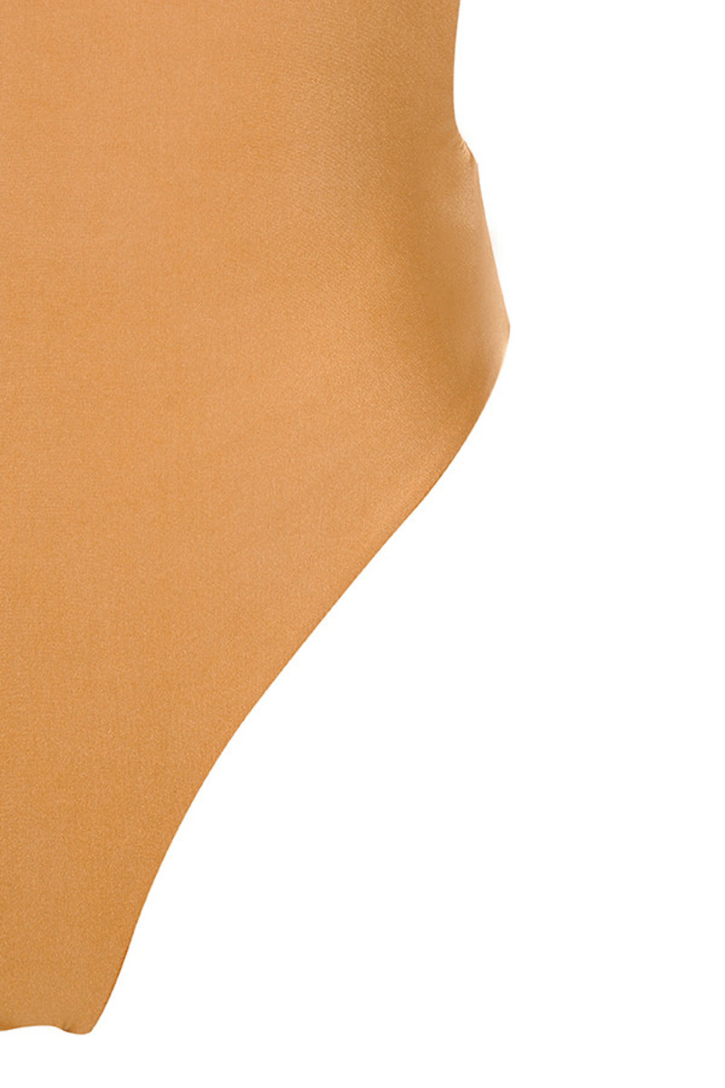 tan gravity top
