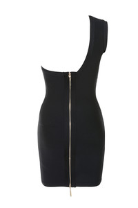 kisses dress in black