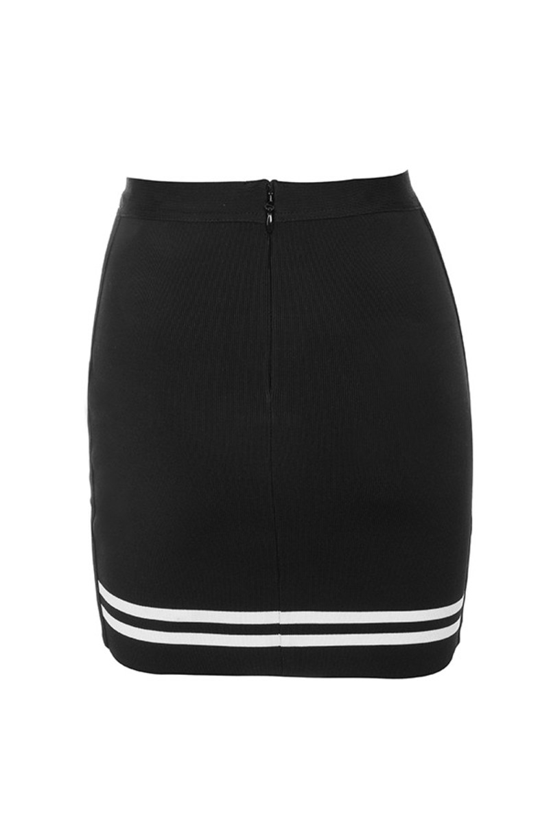 timeless skirt in black