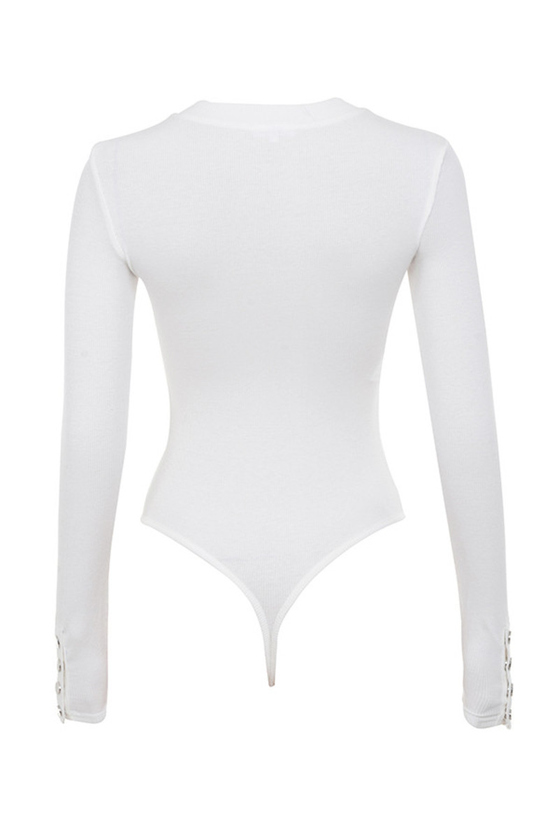 calmer top in white