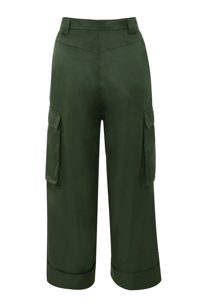 done trousers in khaki