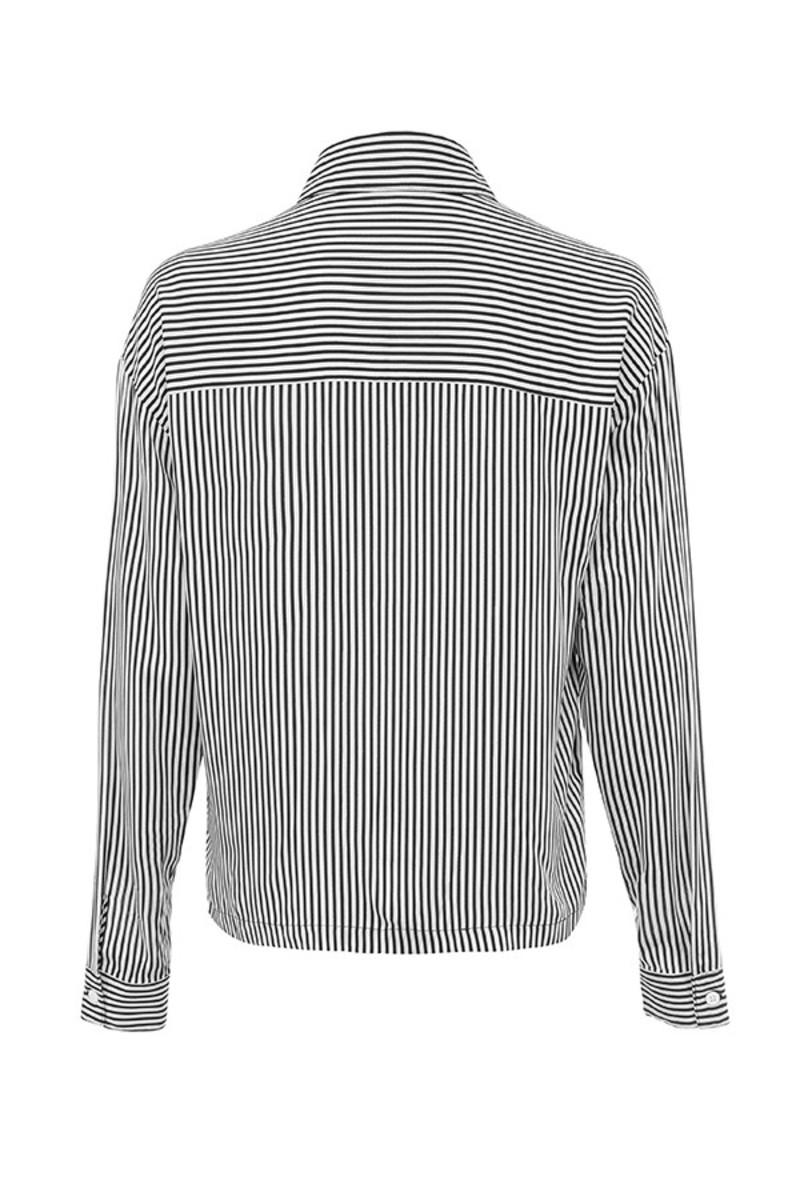 prism shirt in black